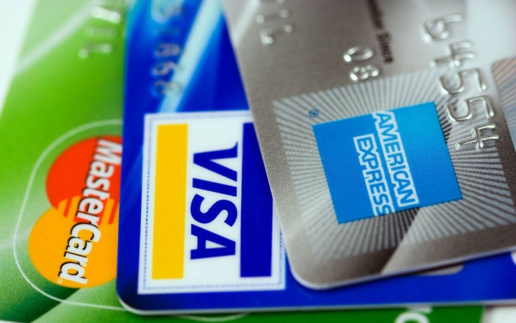 Contactless Payment & Contactless Cards: How Do They Work?